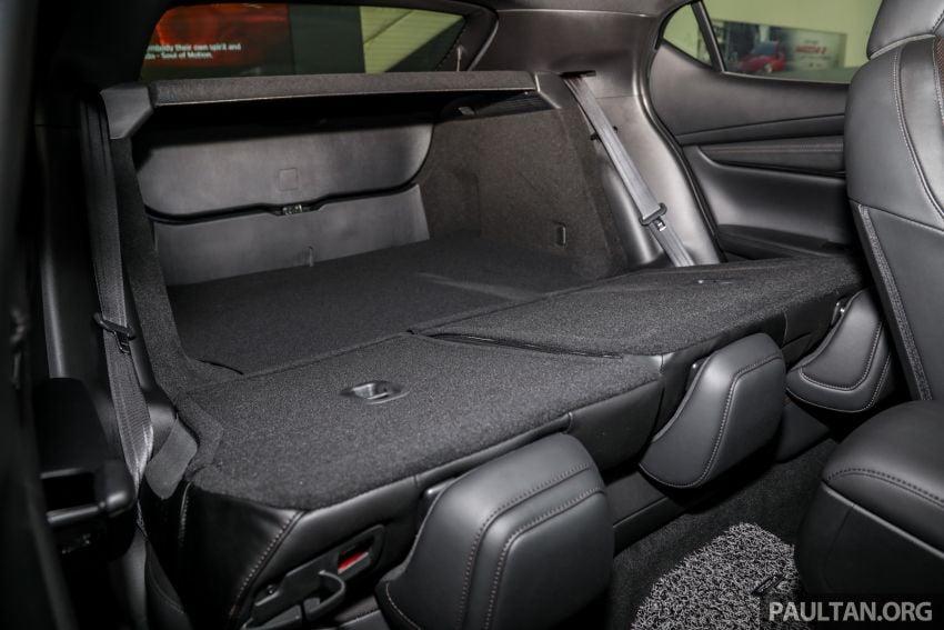 Mazda 3 2019 tiba di bilik pameran Malaysia – 1.5L Sedan dan 2.0L hatchback High Plus, bermula RM140k Image #982339