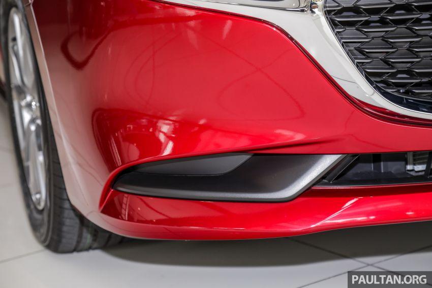 Mazda 3 2019 tiba di bilik pameran Malaysia – 1.5L Sedan dan 2.0L hatchback High Plus, bermula RM140k Image #982221