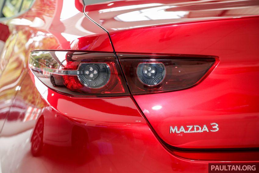 Mazda 3 2019 tiba di bilik pameran Malaysia – 1.5L Sedan dan 2.0L hatchback High Plus, bermula RM140k Image #982231