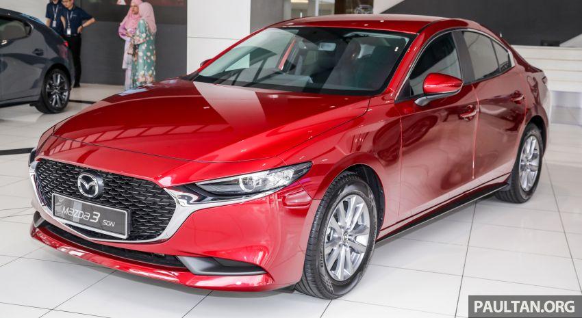 Mazda 3 2019 tiba di bilik pameran Malaysia – 1.5L Sedan dan 2.0L hatchback High Plus, bermula RM140k Image #982213