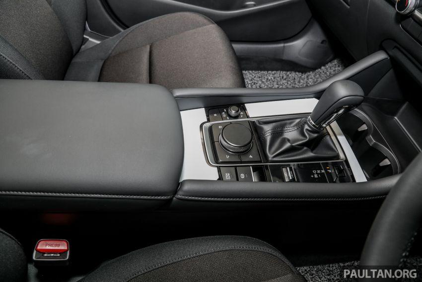 Mazda 3 2019 tiba di bilik pameran Malaysia – 1.5L Sedan dan 2.0L hatchback High Plus, bermula RM140k Image #982248