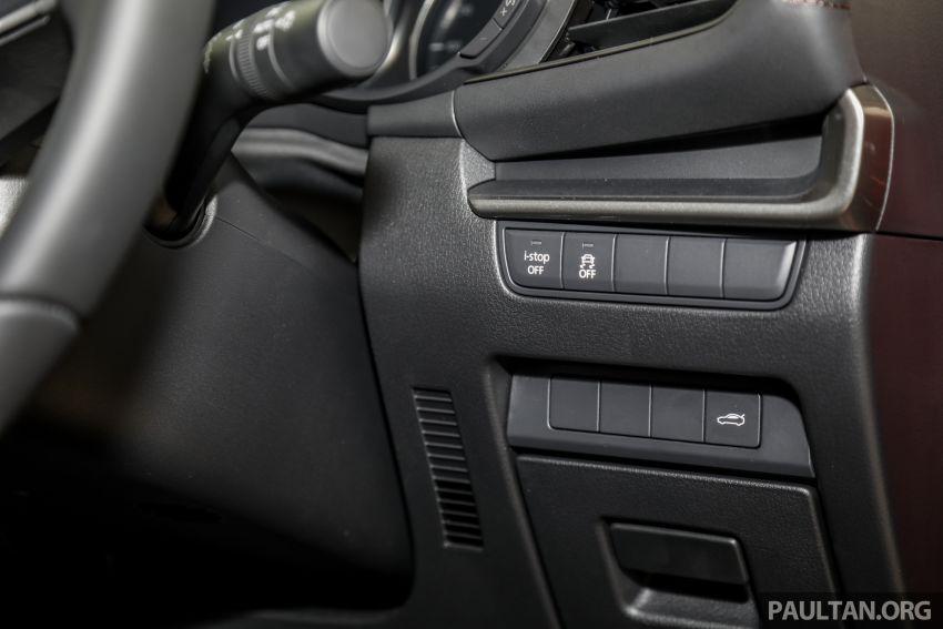 Mazda 3 2019 tiba di bilik pameran Malaysia – 1.5L Sedan dan 2.0L hatchback High Plus, bermula RM140k Image #982251