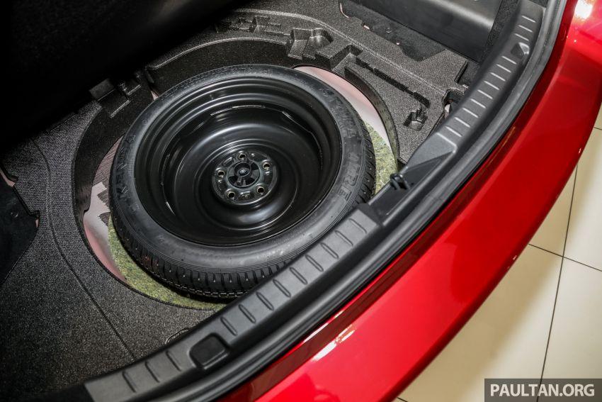 Mazda 3 2019 tiba di bilik pameran Malaysia – 1.5L Sedan dan 2.0L hatchback High Plus, bermula RM140k Image #982266
