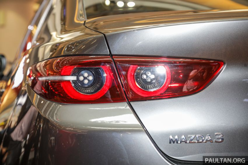 Mazda 3 2019 dilancarkan di Malaysia – sedan dan hatchback, 3 varian, harga dari RM140k-RM160k Image #987342