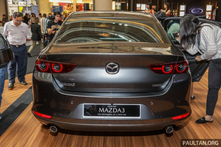 Mazda 3 2019 dilancarkan di Malaysia – sedan dan hatchback, 3 varian, harga dari RM140k-RM160k Image #987320