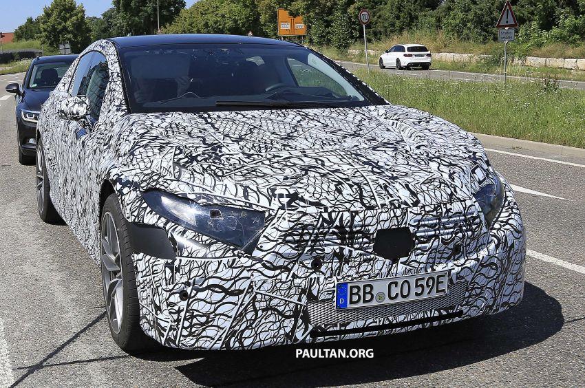 SPYSHOTS: Mercedes-Benz EQS seen road-testing Image #993564