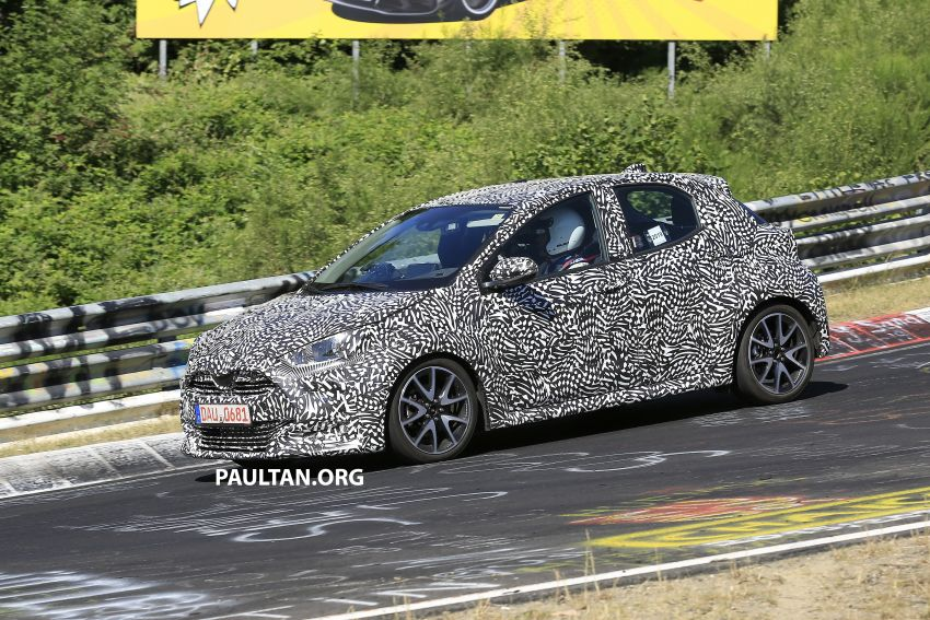 SPYSHOTS: Next-gen Toyota Yaris for Europe spotted Image #986393