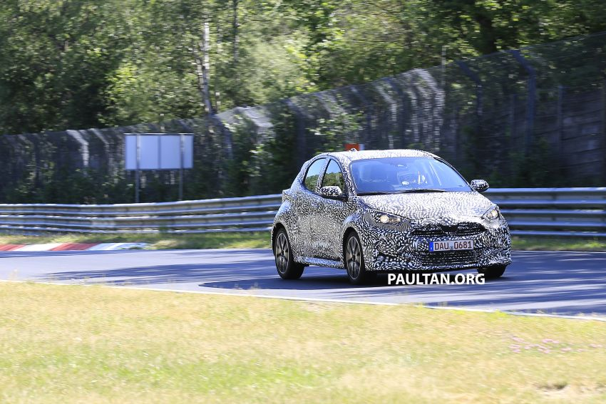 SPYSHOTS: Next-gen Toyota Yaris for Europe spotted Image #986401