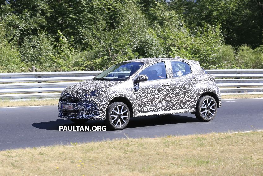 SPYSHOTS: Next-gen Toyota Yaris for Europe spotted Image #986410