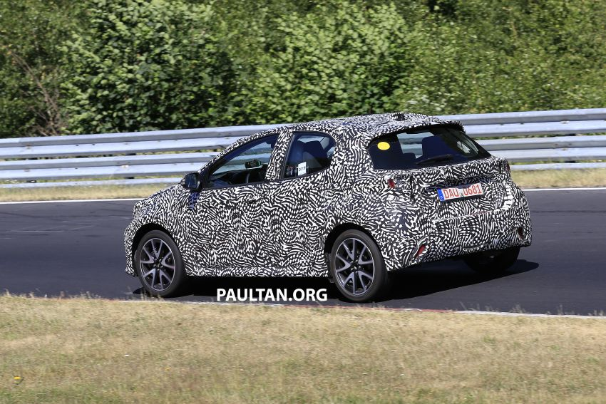 SPYSHOTS: Next-gen Toyota Yaris for Europe spotted Image #986419