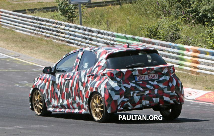 SPYSHOTS: Next-gen Toyota Yaris for Europe spotted Image #986440