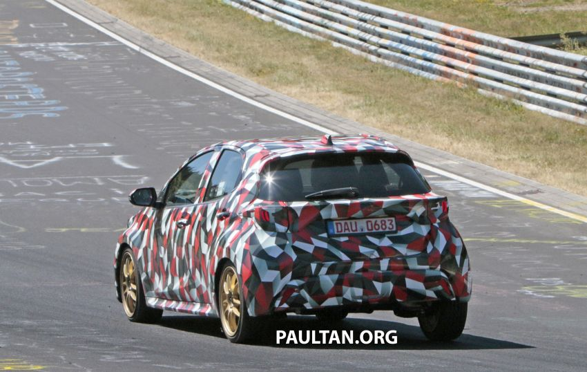 SPYSHOTS: Next-gen Toyota Yaris for Europe spotted Image #986441