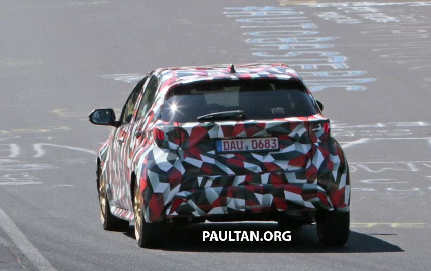 SPYSHOTS: Next-gen Toyota Yaris for Europe spotted Image #986442