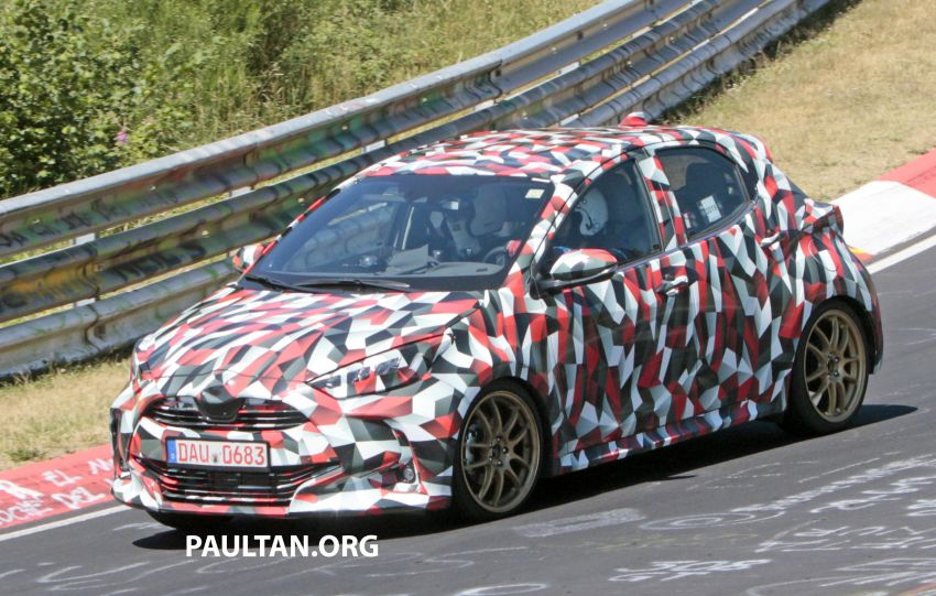 SPYSHOTS: Next-gen Toyota Yaris for Europe spotted Image #986433
