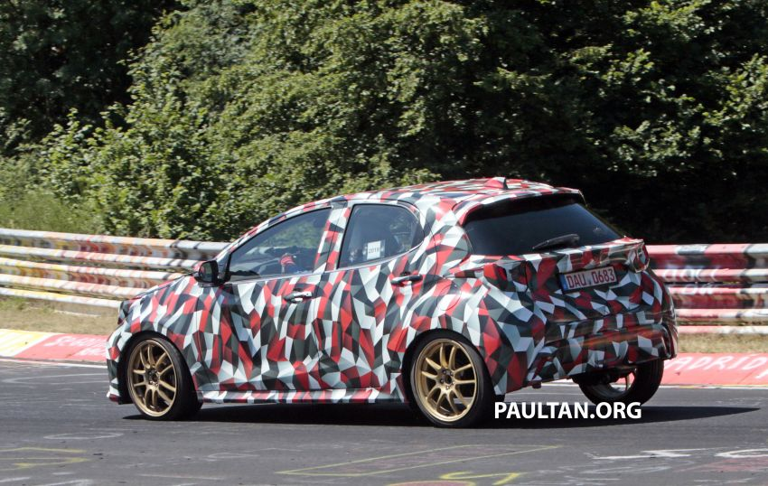 SPYSHOTS: Next-gen Toyota Yaris for Europe spotted Image #986438