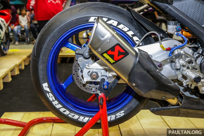 GALERI: Yamaha Y15ZR, R15 modifikasi tayar gemuk Image #994818