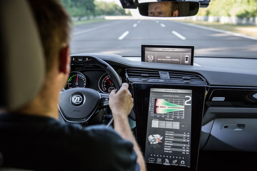 ZF presents new two-speed drive unit for electric cars Image #987695