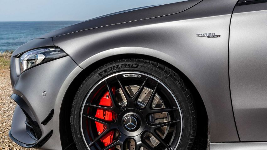Mercedes-AMG A45  S muncul di Goodwood – 2.0L turbo, 421 PS/500 Nm, 0-100 km/j 3.9 saat, boleh drift! Image #981703