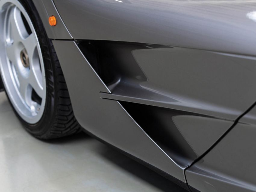 1994 McLaren F1 LM-Specification sold for US$19.805 million at RM Sotheby's auction – one of only two units Image #1003854
