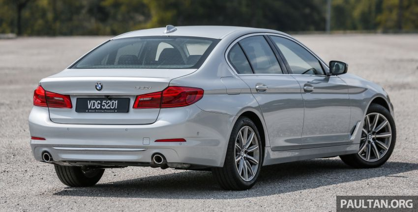 FIRST DRIVE: G30 BMW 520i Luxury and 530e M Sport Image #1003657