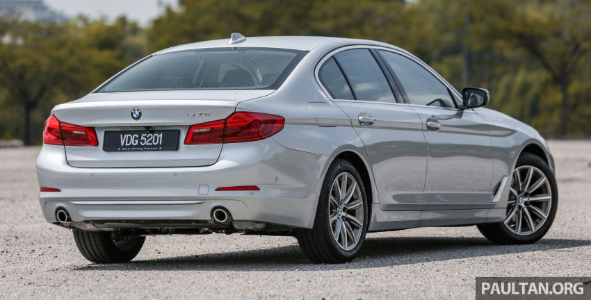 FIRST DRIVE: G30 BMW 520i Luxury and 530e M Sport Image #1003658
