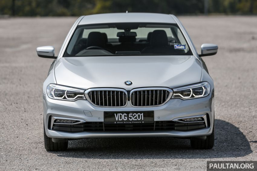 FIRST DRIVE: G30 BMW 520i Luxury and 530e M Sport Image #1003661