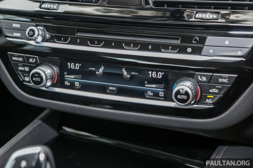 FIRST DRIVE: G30 BMW 520i Luxury and 530e M Sport Image #1003704
