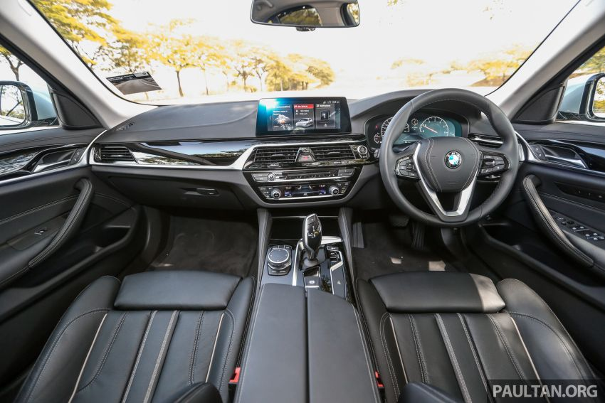 FIRST DRIVE: G30 BMW 520i Luxury and 530e M Sport Image #1003695