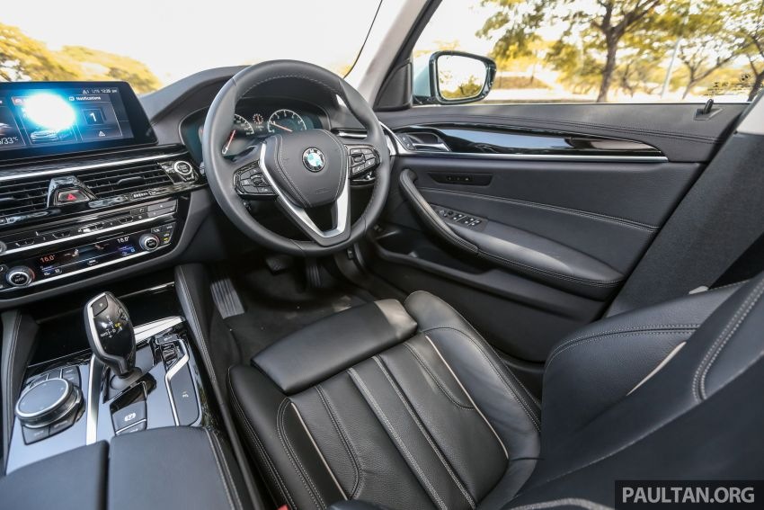 FIRST DRIVE: G30 BMW 520i Luxury and 530e M Sport Image #1003715