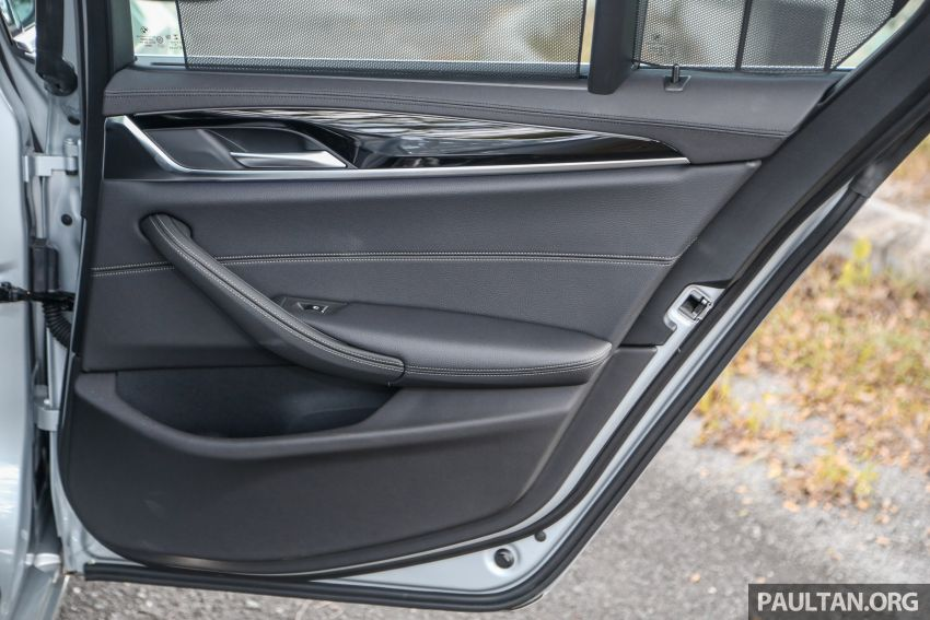 FIRST DRIVE: G30 BMW 520i Luxury and 530e M Sport Image #1003726