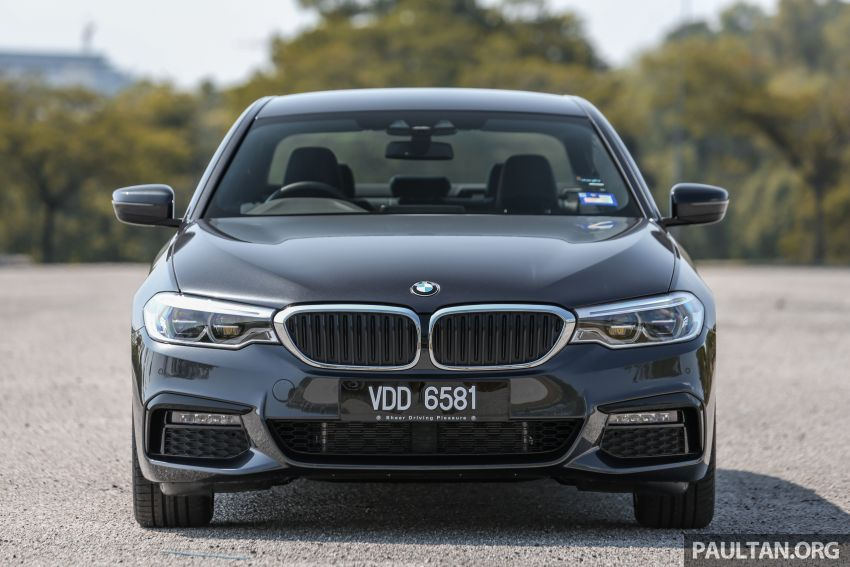 FIRST DRIVE: G30 BMW 520i Luxury and 530e M Sport Image #1003560