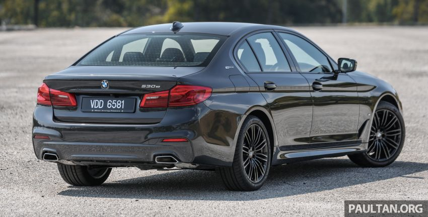 FIRST DRIVE: G30 BMW 520i Luxury and 530e M Sport Image #1003555