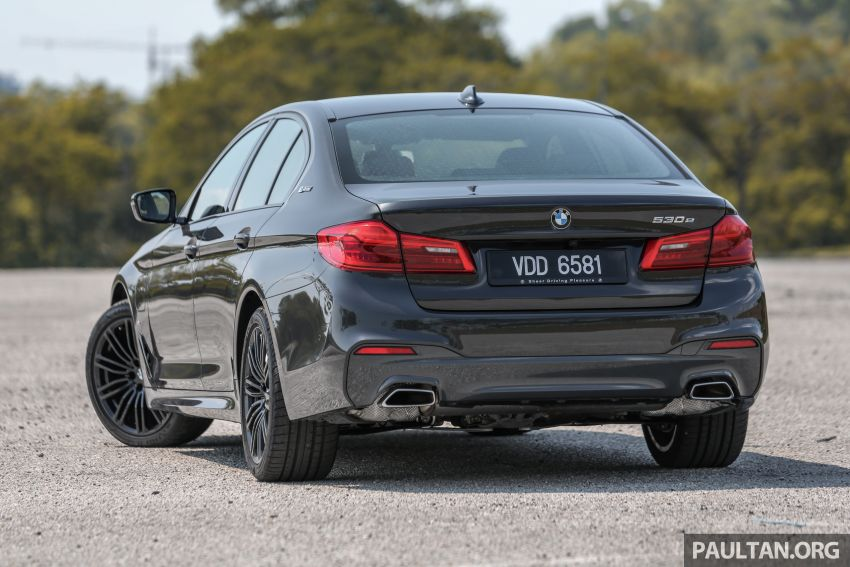 FIRST DRIVE: G30 BMW 520i Luxury and 530e M Sport Image #1003558