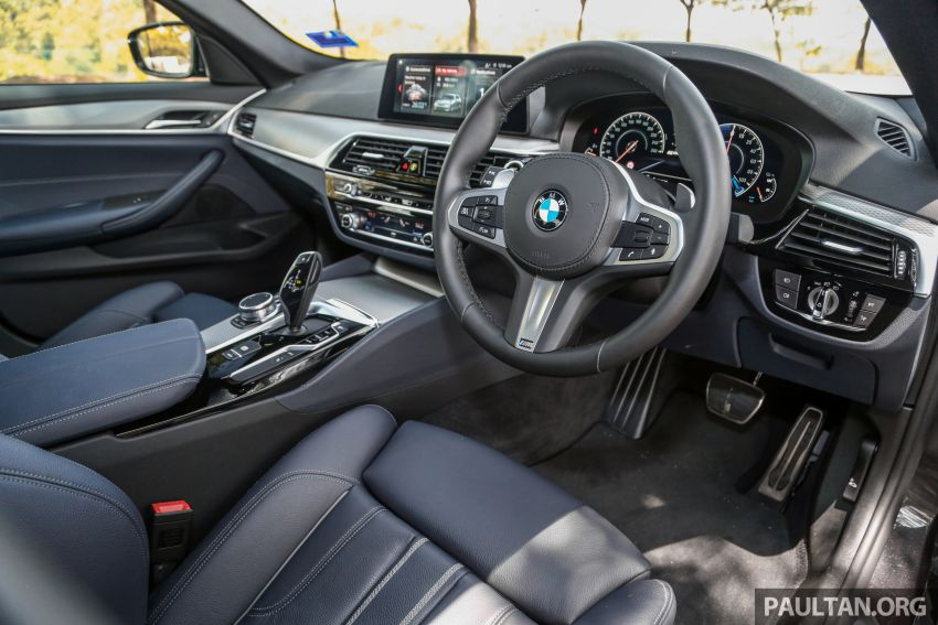 FIRST DRIVE: G30 BMW 520i Luxury and 530e M Sport Image #1003595