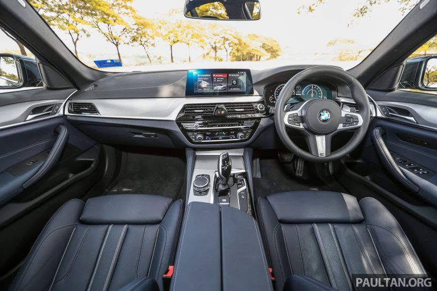 FIRST DRIVE: G30 BMW 520i Luxury and 530e M Sport Image #1003596