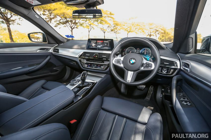 FIRST DRIVE: G30 BMW 520i Luxury and 530e M Sport Image #1003631