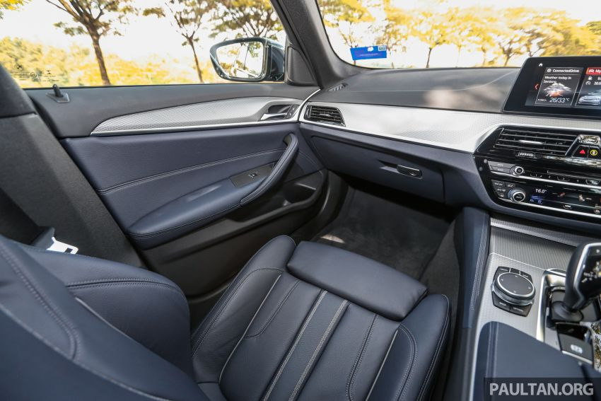 FIRST DRIVE: G30 BMW 520i Luxury and 530e M Sport Image #1003633