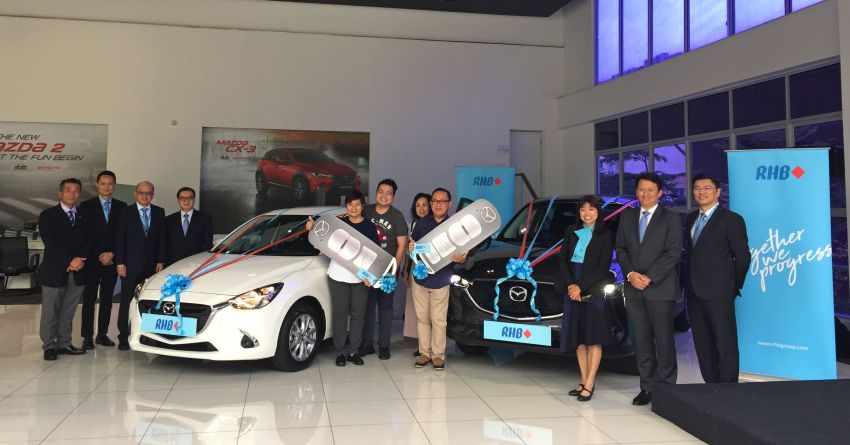 Mazda Malaysia presents new Mazda 2, CX-5 to RHB Investment Bank 'Trade & Win 3.0' campaign winners Image #1001222