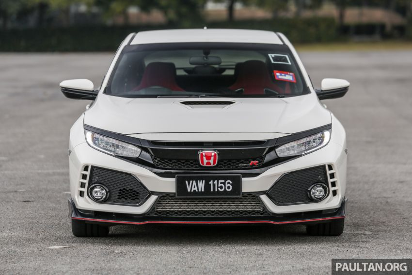 Driven Web Series 2019: new Renault Megane RS 280 Cup vs Honda Civic Type R vs Volkswagen Golf R Image #1009618