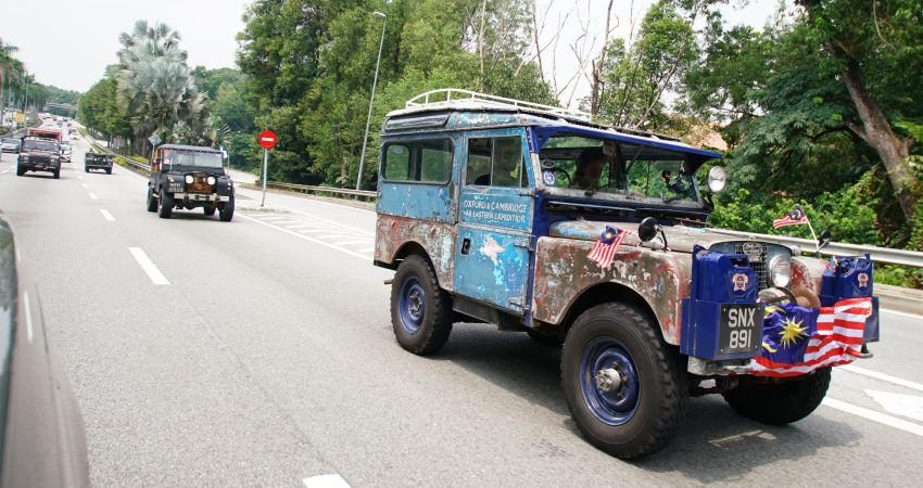 The 1955 'Oxford' Land Rover Series I pit stops in Malaysia – 10k mile drive from Singapore to London Image #1008505