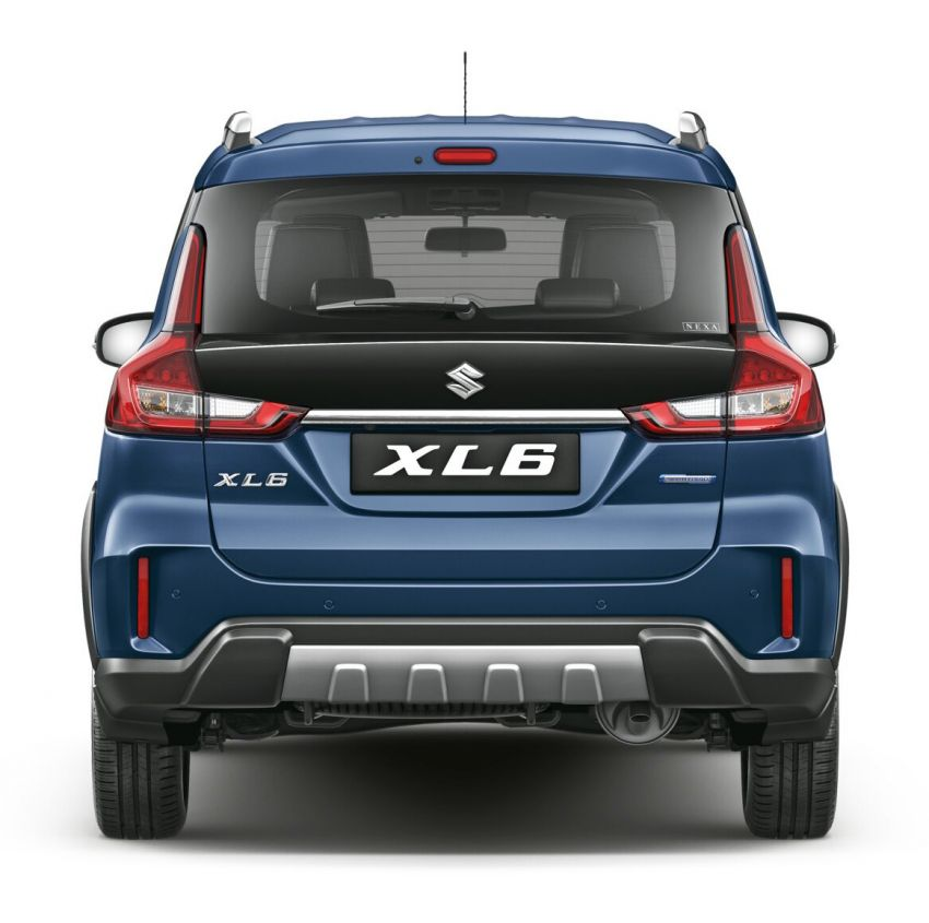 Suzuki XL6 launched, rugged Ertiga with captain seats Image #1005223