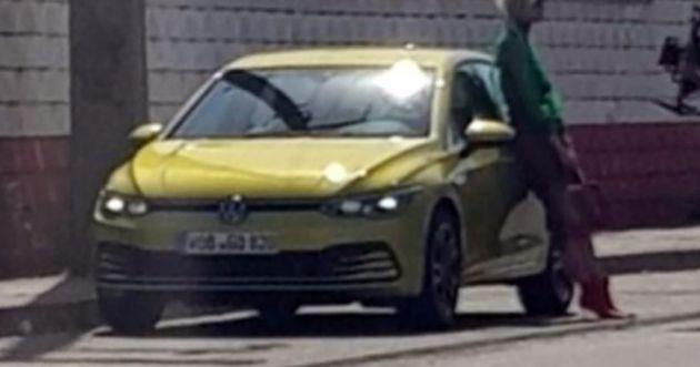 Mk8 Volkswagen Golf caught completely undisguised!