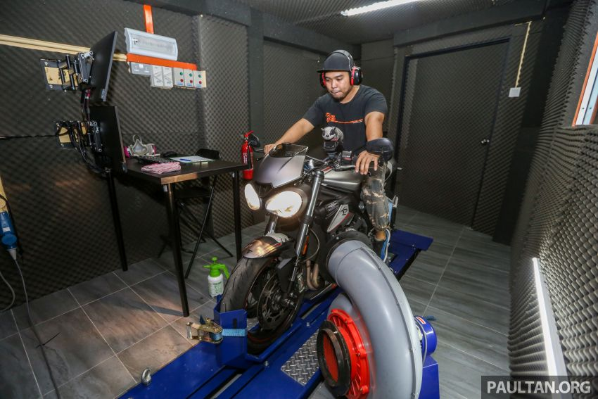 VIDEO: RON100 versus RON95 in Malaysia – can Petron Blaze100 fuel provide more hp and torque? Image #1009356