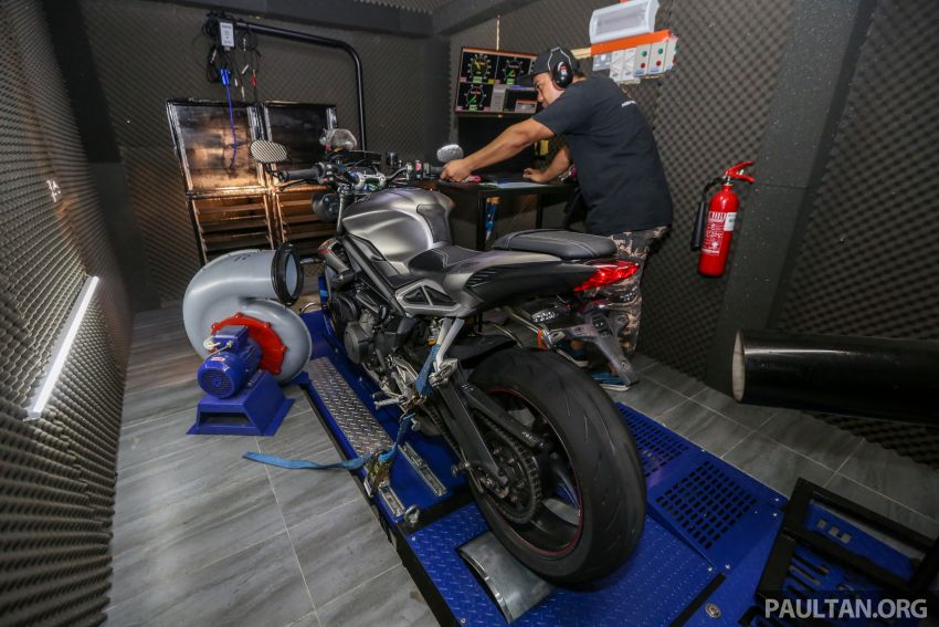 VIDEO: RON100 versus RON95 in Malaysia – can Petron Blaze100 fuel provide more hp and torque? Image #1009357