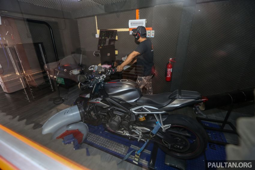 VIDEO: RON100 versus RON95 in Malaysia – can Petron Blaze100 fuel provide more hp and torque? Image #1009359