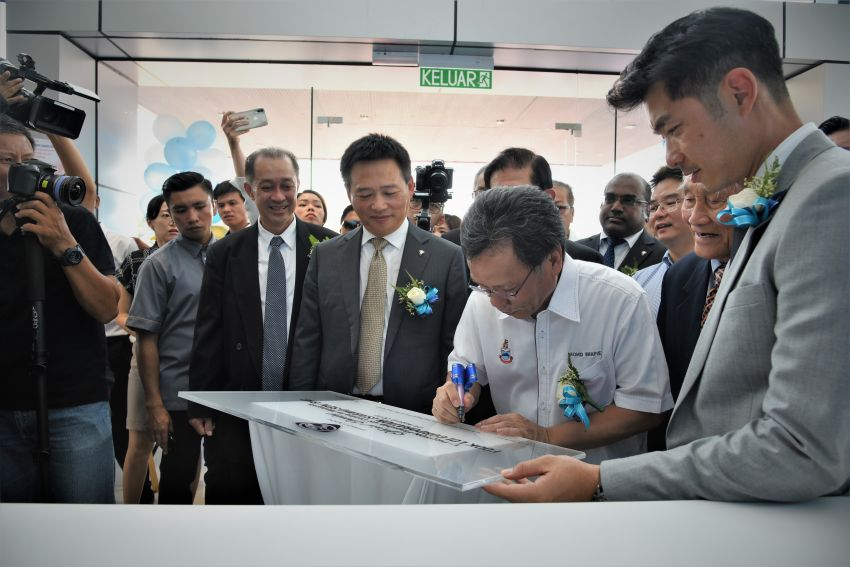 Proton opens first flagship 4S centre, in Kota Kinabalu Image #1007573