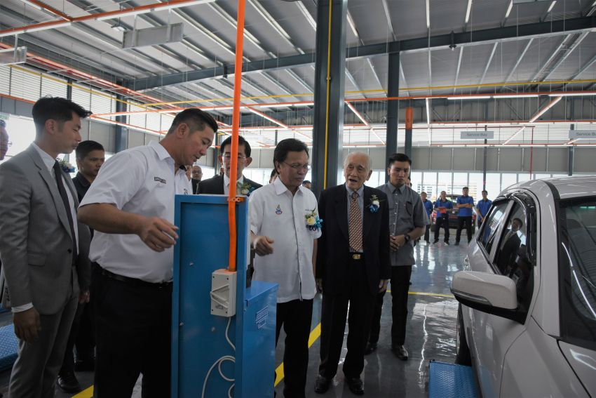 Proton opens first flagship 4S centre, in Kota Kinabalu Image #1007588