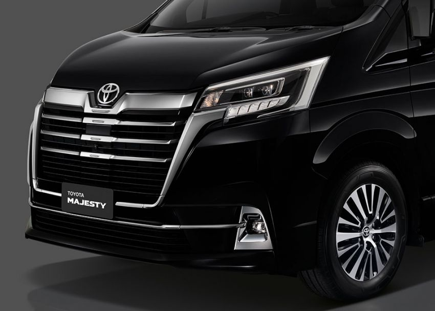 Toyota Majesty launched in Thailand, a luxe Commuter Image #1003436