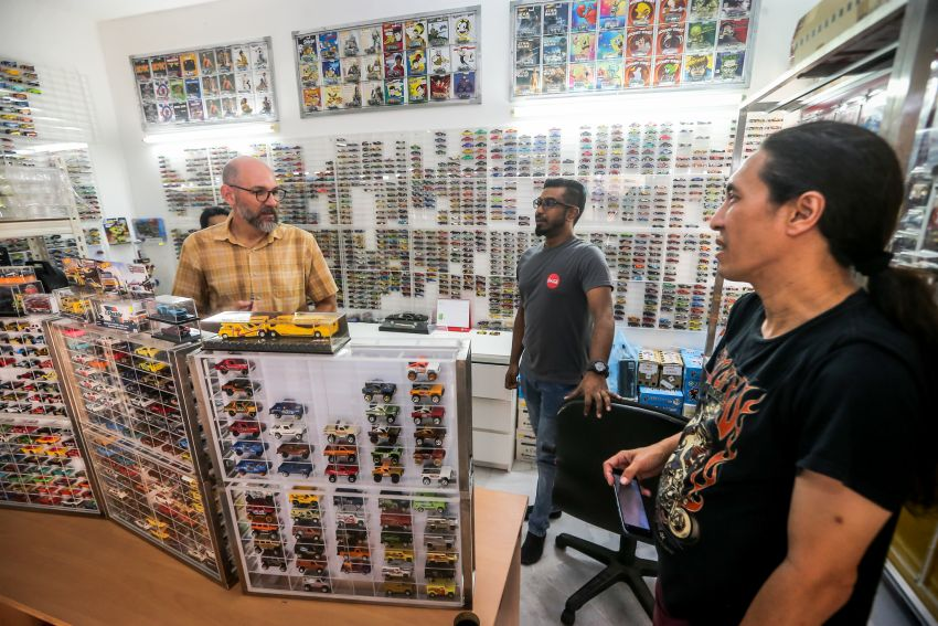 Malaysia's biggest Hot Wheels collector has over 10,000 pieces – cost RM100k, valued at RM200k-300k Image #1000702