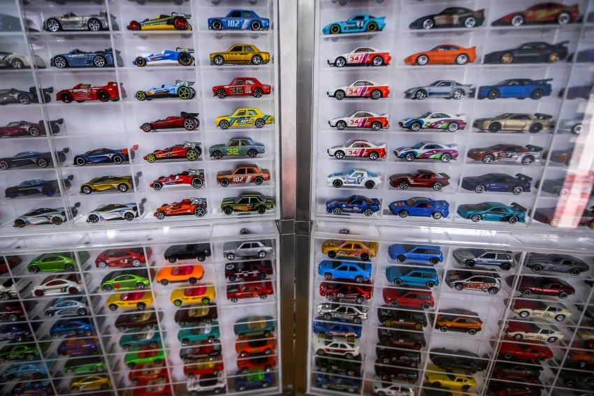 Malaysia's biggest Hot Wheels collector has over 10,000 pieces – cost RM100k, valued at RM200k-300k Image #1000707